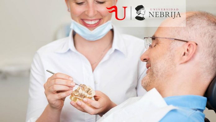 Diploma-Título de Formación Continua Auxiliar de Prótesis Dentales