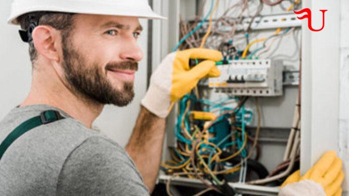 Curso adaptado al Certificado de Profesionalidad Montaje y Mantenimiento de Redes Eléctricas de Alta Tensión de Segunda y Tercera Categoría y Centros de Transformación (ELEE0209) (vías no formales de formación)